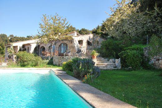 Gîte ou maison Casa Lou Romarins, peille 06440